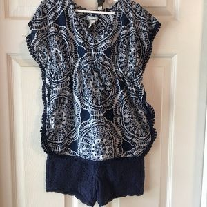 Navy lace shorts and navy boho pattern tunic